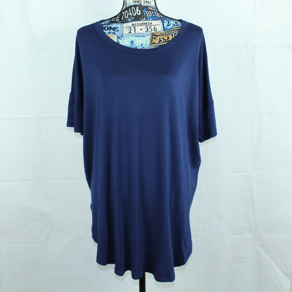 Amelia James Tops - Amelia James Tee Blue Size XXL NWT